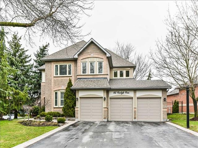 85 Carlyle Cres