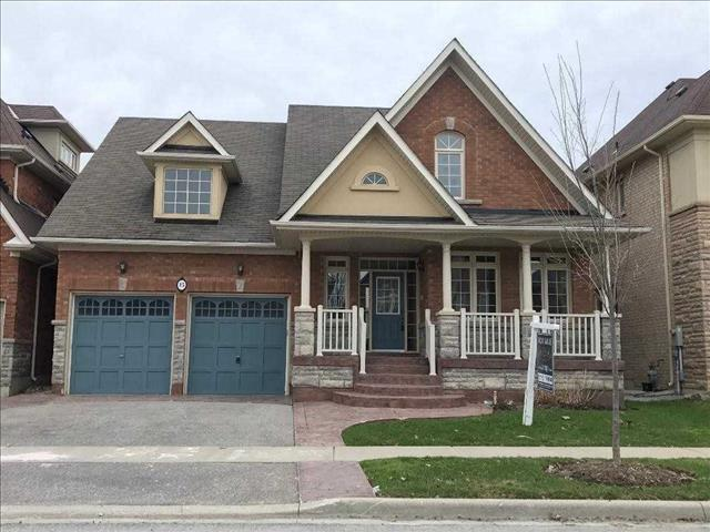 15 Morland Cres